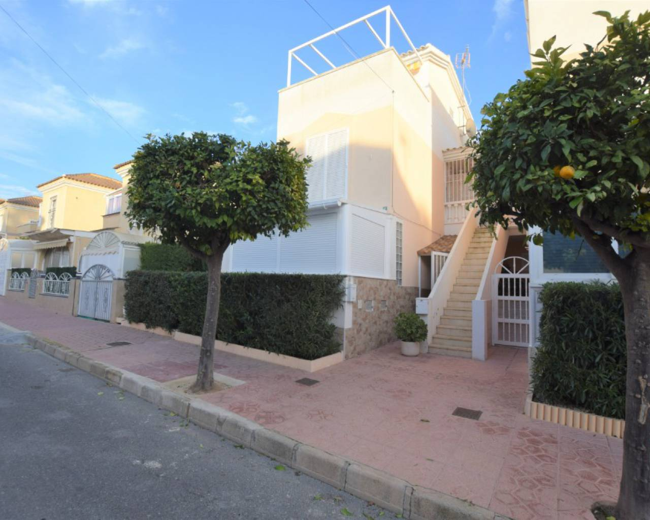 Apartment - Sale - Alicante - Guardamar