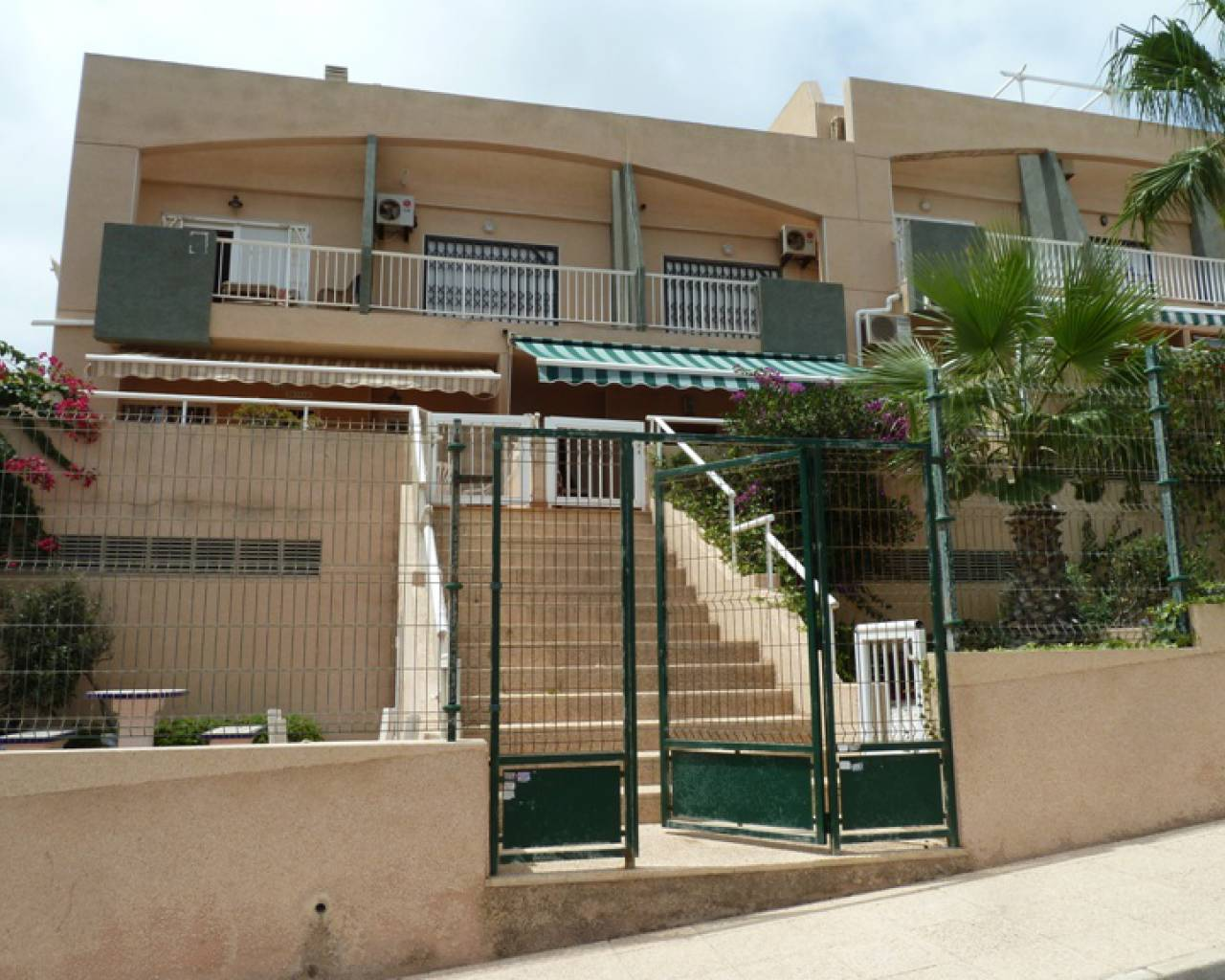 Apartment - Sale - La Mata - La Mata - Town
