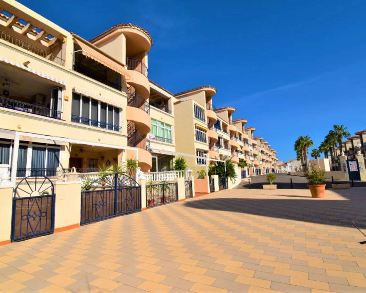 Apartment - Sale - Orihuela Costa - Los Altos