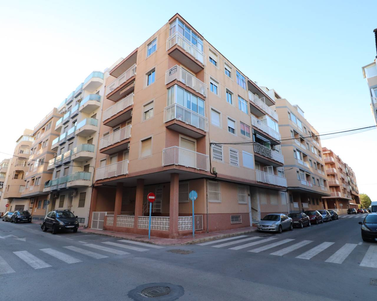 Apartment - Sale - Torrevieja - Playa Acequion