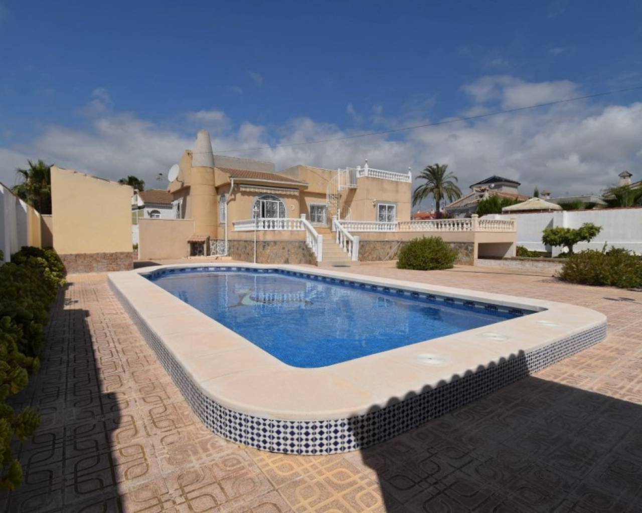 Detached Villa - Sale - Torrevieja - San Luis