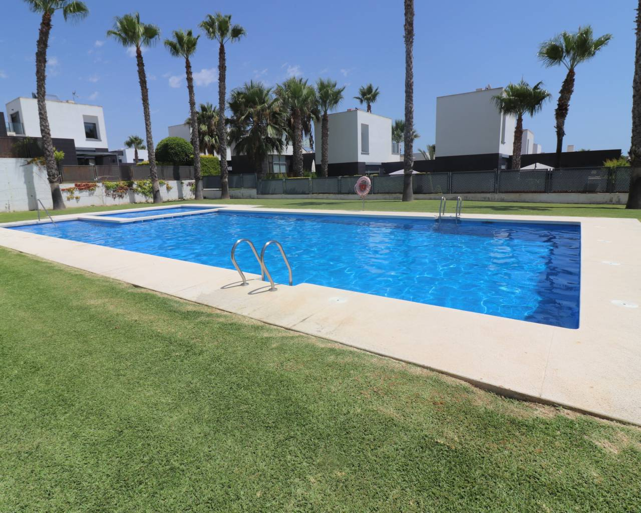 Sale - Bungalow - Algorfa - La Finca Golf Resort