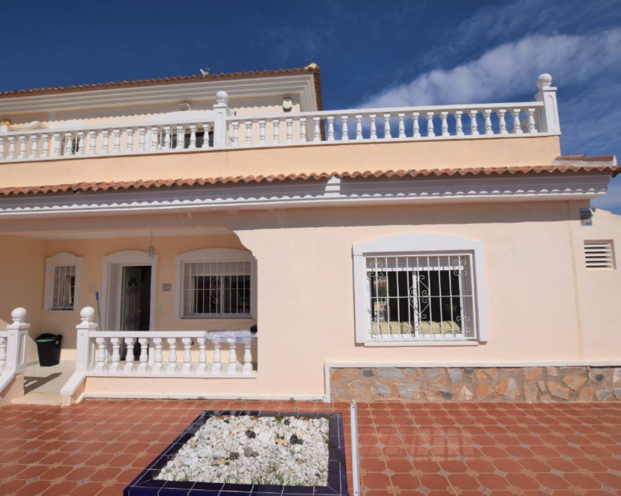 Semi Detached Villa - Sale - Alicante - Benijófar