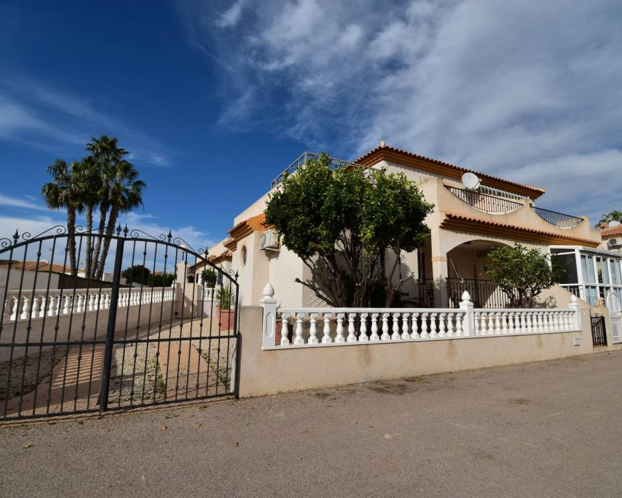 Semi Detached Villa - Sale - Orihuela Costa - Playa Flamenca